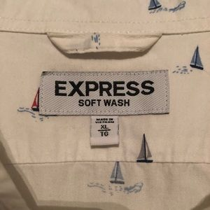 Express Shirts - Express Men's short sleeve button down